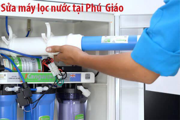 Sửa chữa máy lọc nước tại nhà Phú Giáo