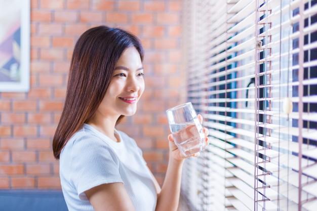 7 Công dụng của việc uống nước tinh khiết đối với cơ thể