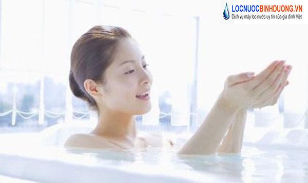 Dùng nước ấm tốt cho sức khỏe