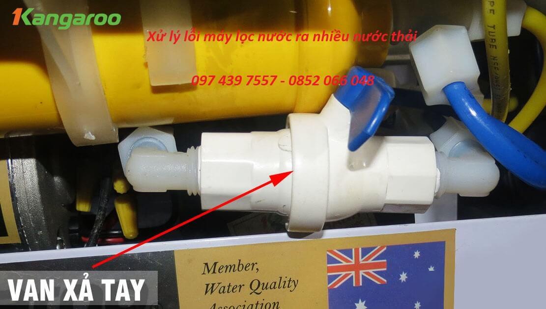Xử lý lỗi máy lọc nước ra nhiều nước thải